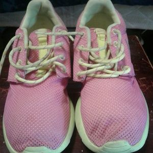 Nike Roshe Pink and Yellow Mesh Sneakers Size 9